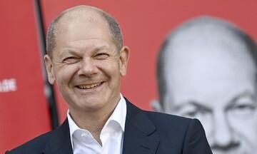 Όλαφ Σολτς: Η Γερμανία είναι πολιτικά σταθερή