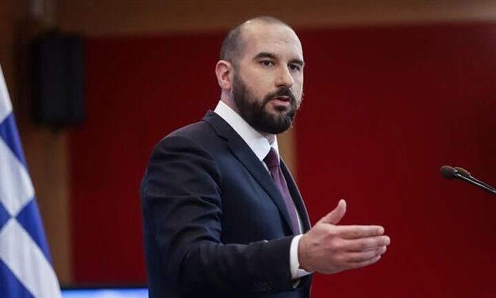 Δ.Τζανακόπουλος: Η κυβέρνηση Μητσοτάκη μετά τη ΔΕΗ ξεπουλά και τον ΟΛΠ