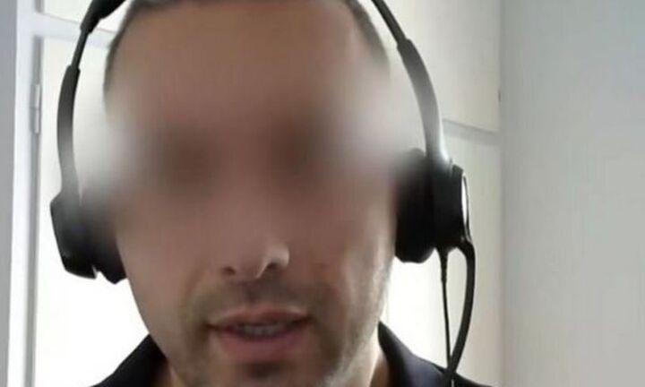 Τέθηκε σε διαθεσιμότητα ο αστυνομικός αντιεμβολιαστής με το κανάλι στο Youtube