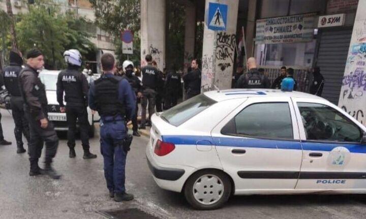 Πυροβολισμοί στο κέντρο της Αθήνας σε καταδίωξη αλλοδαπού με κλεμμένο αυτοκίνητο