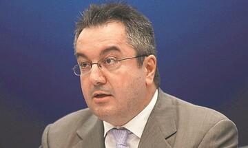 Η. Μόσιαλος:Τέσσερις παρεμβάσεις για την επόμενη φάση της πανδημίας
