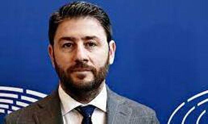 Ο Ν. Ανδρουλάκης αναστέλλει την προεκλογική του εκστρατεία για την ηγεσία του ΚΙΝΑΛ