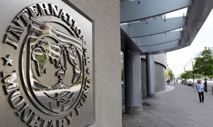 ΔΝΤ: Πρόβλεψη για μείωση του δημοσίου χρέους από φέτος και πρωτογενή πλεονάσματα από το 2023