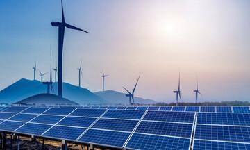 EY: Ιστορικά υψηλή επίδοση της Ελλάδας στον δείκτη ανανεώσιμων πηγών ενέργειας