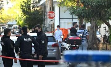 ΕΛΑΣ: Αναζητεί τον 20χρονο γιο της 55χρονης που δολοφονήθηκε στο Αιγάλεω