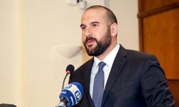 Δ. Τζανακόπουλος: Αναγκαία η αύξηση του κατώτατου στα 800 ευρώ