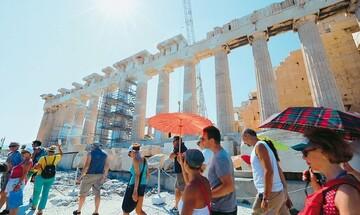 Η δυναμική επιστροφή του τουρισμού: 8,5 εκατ. επισκέπτες και 6,6 δισ. ευρώ εισπράξεις το 8μηνο