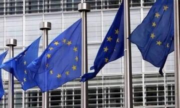 Η Κομισιόν αναθεώρησε τους κανόνες για πιο ανθεκτικές σε κραδασμούς τράπεζες